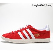 Université Red Blanc Chalk Gold Metallic Adidas Originals Gazelle OG Chaussures Homme